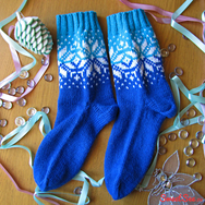 """Купить Носки с норвежским узором """"Счастливая звезда"""", сине-голубые с белыми звездами в интернет-магазине Sweetsee.ru"""