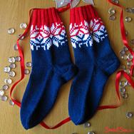 """Купить Носки с норвежским узором """"Счастливая звезда"""", красно-синие с белыми звездами в интернет-магазине Sweetsee.ru"""