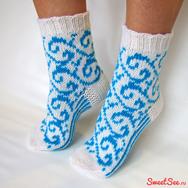"""Купить Женские носки """"Завитки"""" связаны вручную на спицах, в интернет-магазине Sweetsee.ru"""