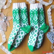 """Купить зимние вязаные носки """"Снежные елочки"""" из 100% шерсти, интернет-магазин Sweetsee.ru"""