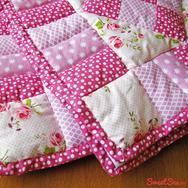 """Купить Стеганое детское покрывало """"Волшебный розовый сад"""" в интернет-магазине Sweetsee.ru"""